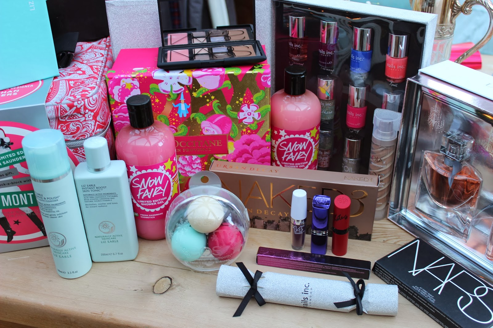 BEAUTY & LE CHIC: Inside My Christmas Gifts