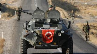 Erdoğan tutmaya devam ediyor Suriye'ye saldırı için onu eleştiren herkesi ele geçirdi