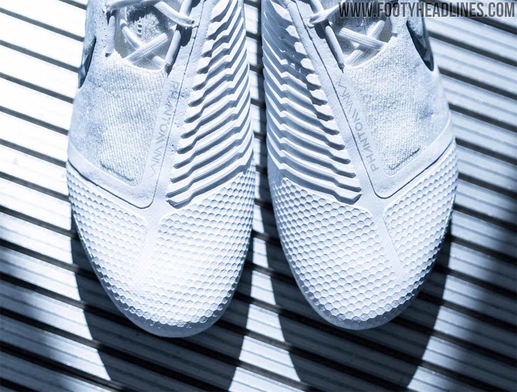 Nike Phantom Venom 'Nuovo White Pack' Boots Released Footy