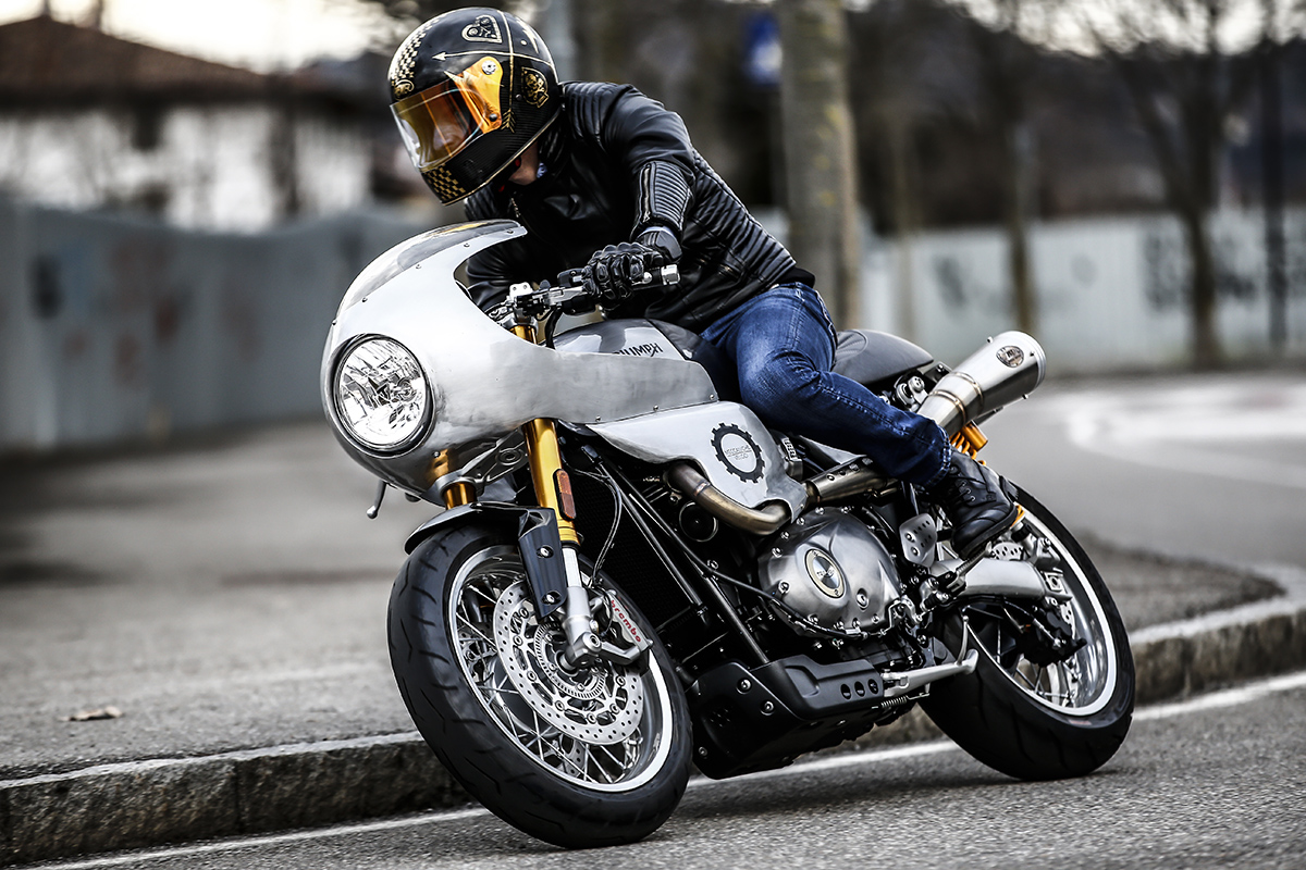 Bullet Time - Alo's Cafe Thruxton R | Return of the Cafe ...