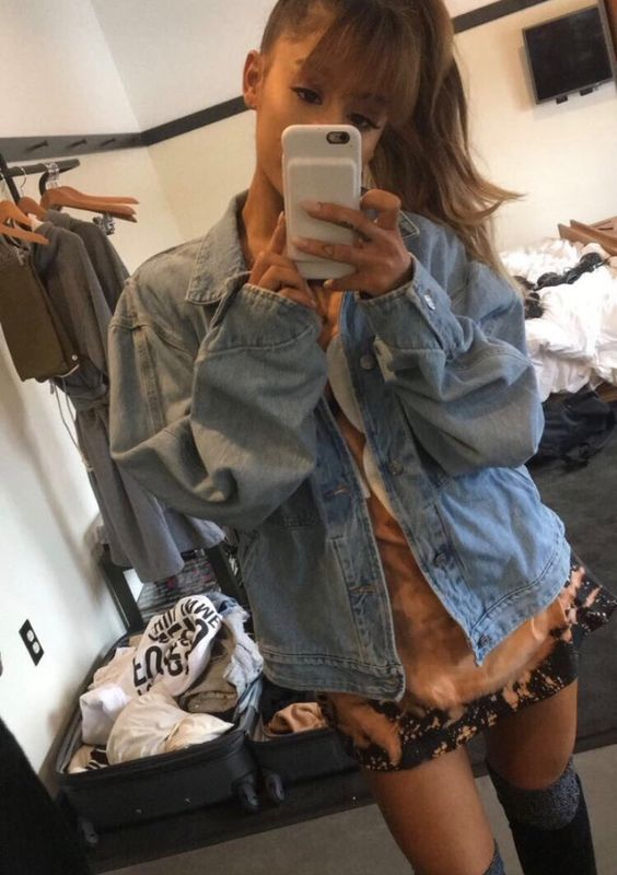 ariana grande fashion style picture from snapchat