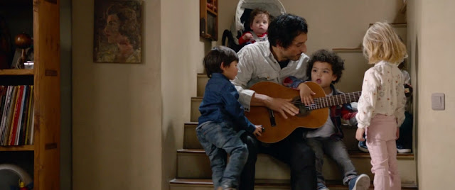 Adrien (Vincent Elbaz) dans Daddy Cool