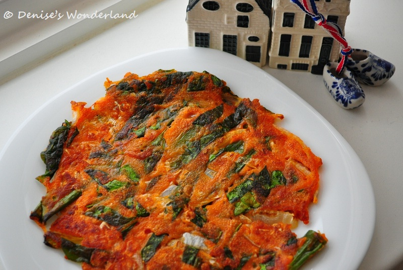 Korean vegetable pancake with gochujang sauce