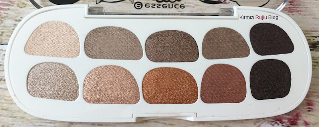 Essence Million Nude Faces Far Paleti