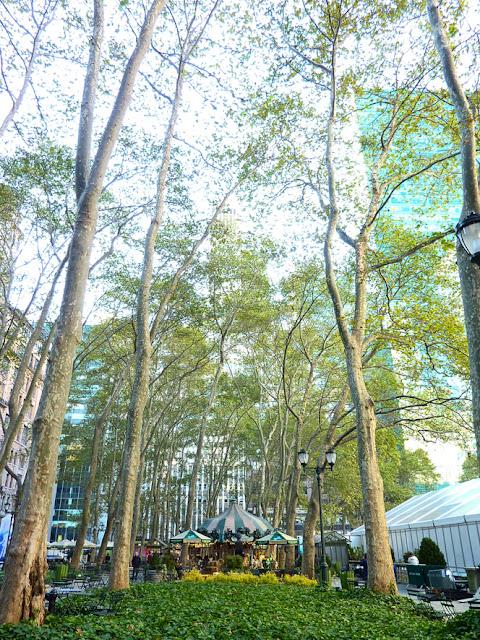 Jardines y Carrousel Bryant Park