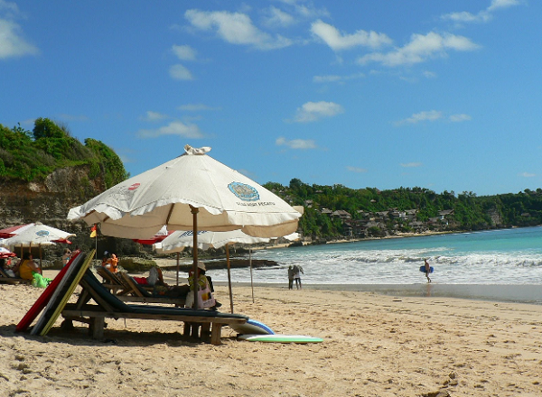 10 Gambar Tempat Wisata Pantai Dreamland Bali, Peta Lokasi dan Tiket Masuk