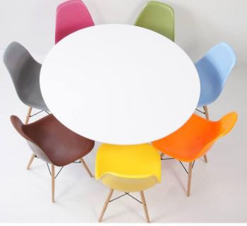 Cách bố trí số lượng ghế Eames phòng ăn đẹp và rộng 1