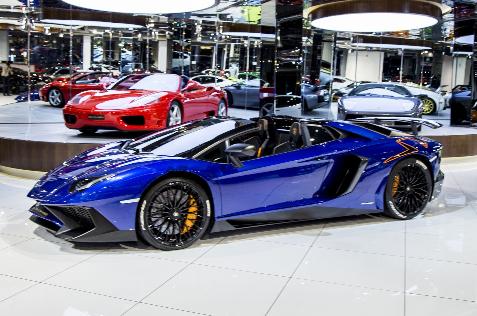 open your cheque book this lamborghini aventador sv doesn 39 t come cheap. Black Bedroom Furniture Sets. Home Design Ideas