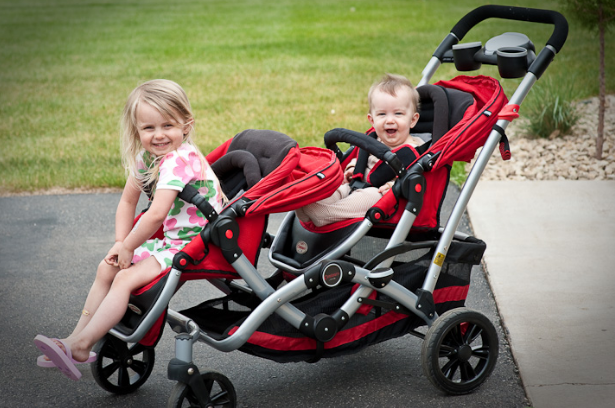 Best-Double-Stroller-for-Your-Growing-Family