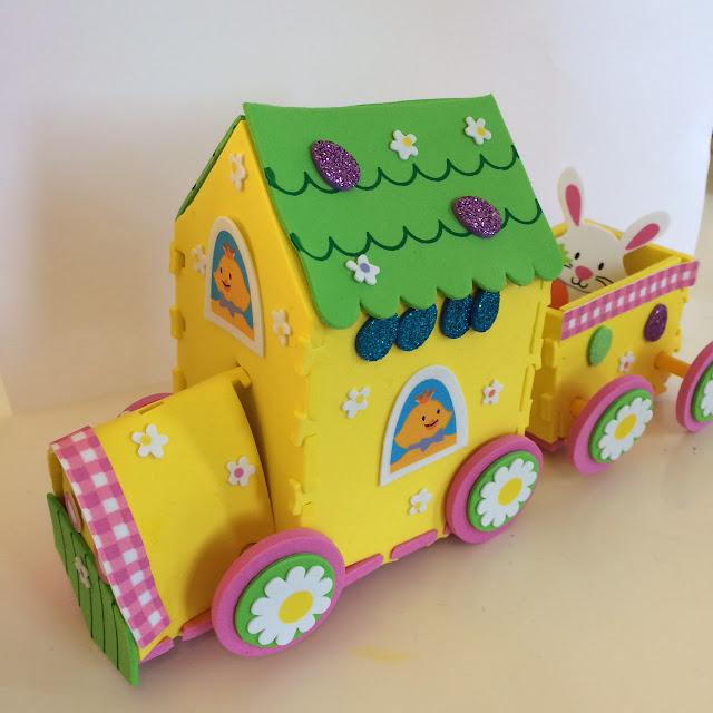 Baker Ross Easter train