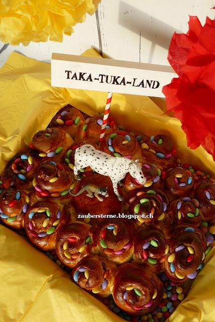 Pippi Langstrumpf Geburtstag, Taka Tuka Land, Herr Nielson Kuchen, Pippi Kuchen, Kinder Geburtstag, Kinder Thema Kuchen, süsser Zopfteig, Pippi Langstrump, Smartieskuchen, Rosenkuchen, Zopf, Rosenkuchen, Kinder Geburtstags Kuchen, Birthday
