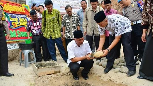 Wako Mahyeldi Letakan Batu Pertama Pembangunan Rumah Tahfiz Alquran Yayasan Utsman