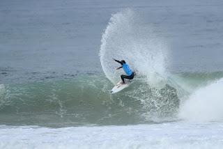 19 Kanoa Igarashi rip curl pro portugal foto WSL Kelly Cestari