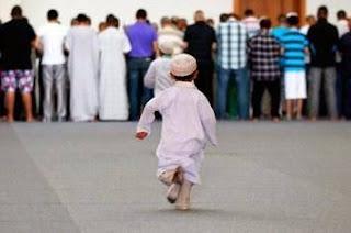 Doa Agar Anak Rajin Sholat 5 Waktu Tanpa Disuruh Orang Tua