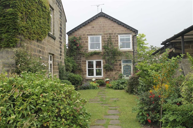 Harrogate Property News - 4 bed semi-detached house for sale Ripon Road, Killinghall, Harrogate, North Yorkshire HG3