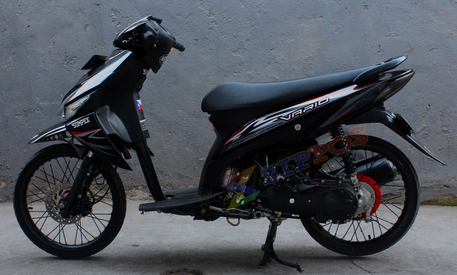 20 Gambar Modifikasi Honda Vario CW Terbaru 2015 Ala Drag Simple