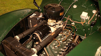 1939 Ford Deluxe Coupe 221 Engine 02