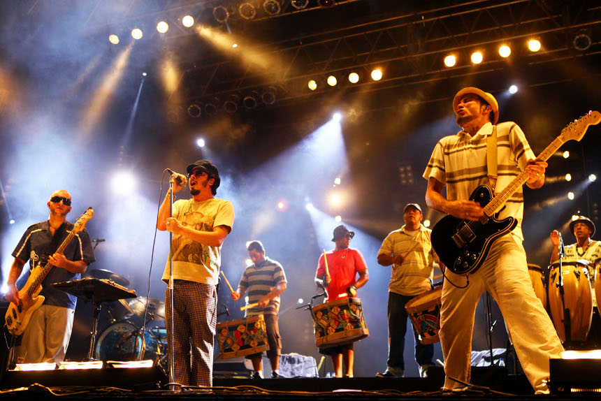 TVE Bahia  transmite ao vivo o show da banda Nação Zumbi, nesta sexta-feira (30)