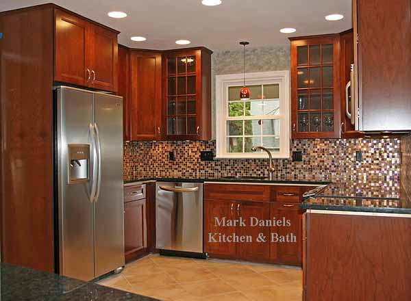 Backsplash Ideas for Black Granite Countertops @ The ... on Black Granite Countertops With Backsplash  id=80589