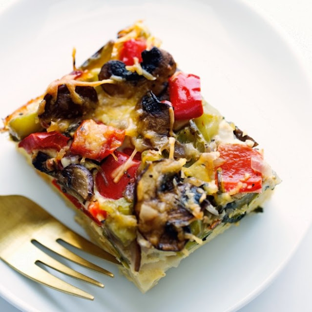 Veggie-Loaded Breakfast Casserole #breakfast #healthy