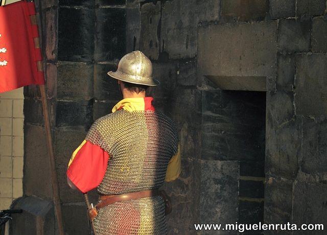 Puente-Carlos-vigilante