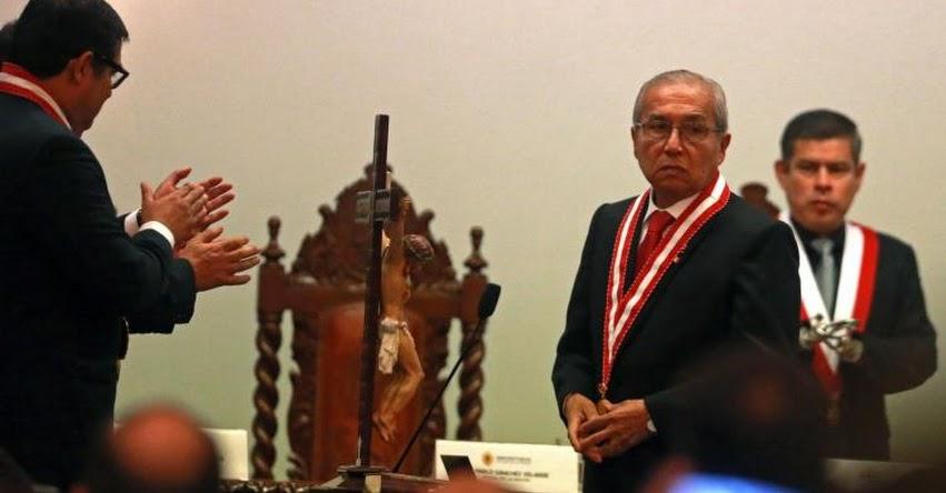 PEDRO CHÁVARRY: Fiscal que un día miente y al día siguiente se retracta, sostiene que «no tiene motivos para renunciar»