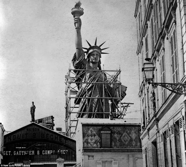 Statue of Liberty France 1885 randommusings.filminspector.com