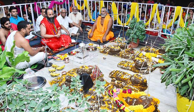 govardhan-pooja-celebration-shidhata-ashram-mandir-faridabad