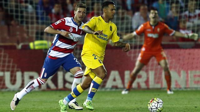 Jonathan Viera el mejor de los amarillos en Granada