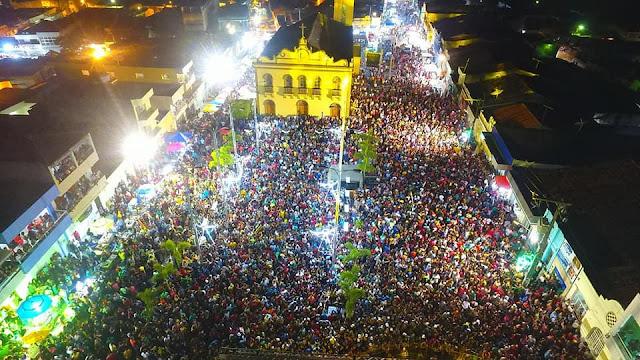 FESTA DE REIS: Shows de Luan Santana e Vanessa Rios encerraram a 102ª edição da Festa de Reis em São Joaquim do Monte.