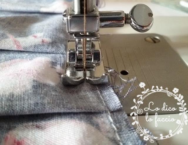 cucire tovaglia