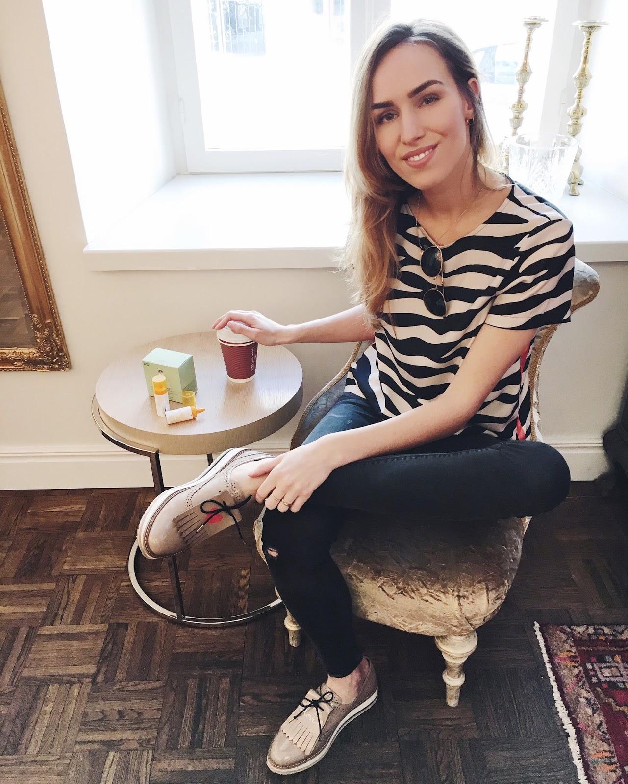 zebra print top black skinny jeans patent loafers