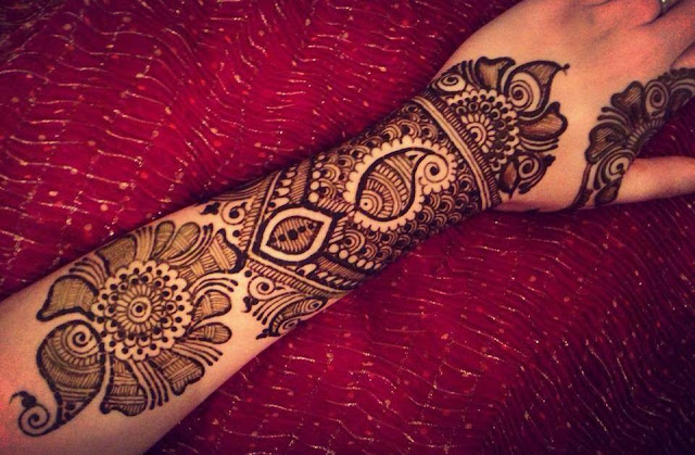 Floral Dulhan Mehndi Designs