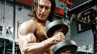 تدريبات عضلات الذراعين لبطل فيلم ثور