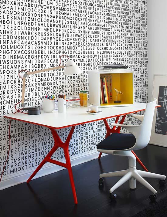 Spoon Table Desk From Kartell