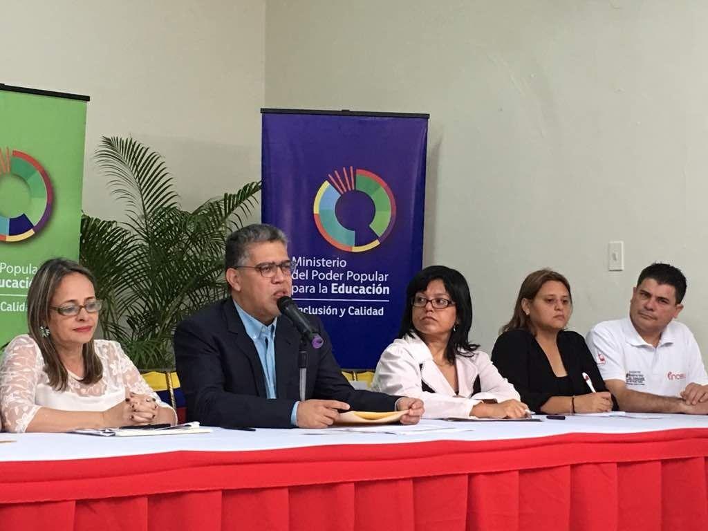 Ministro Elías Jaua: Período escolar 2017-2018 comenzará el 18 de septiembre