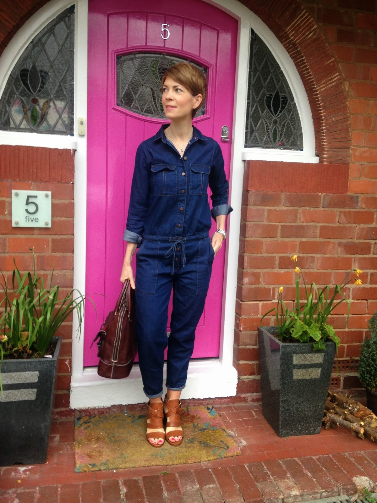 ac819f54d53 Wearing a Topshop boilersuit and tan Jigsaw sandals to an Oasis and Keds  launch event – loving their printed trainers…