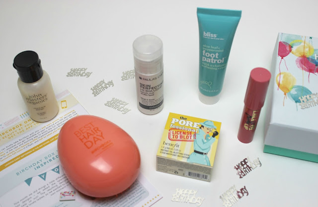 The products included inside the September 2015 Birchbox UK Birthday Birchday Box