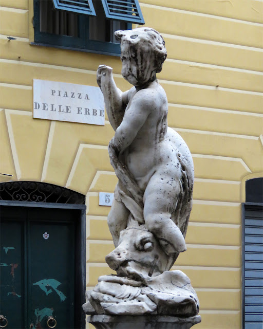 Sculpture by Giovanni Tomaso Orsolio, fountain of Piazza delle Erbe, Genoa