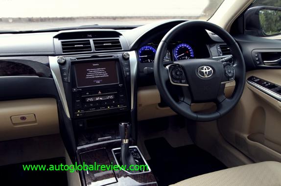 Toyota Camry 2.5 V Australia