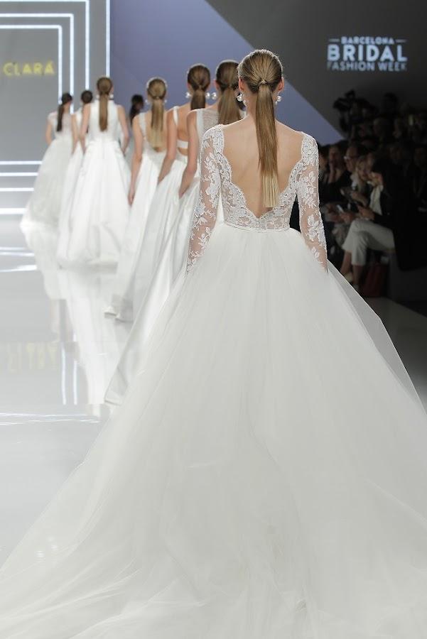 rosa clara 2017 fashion show barcelona bridal week 2016