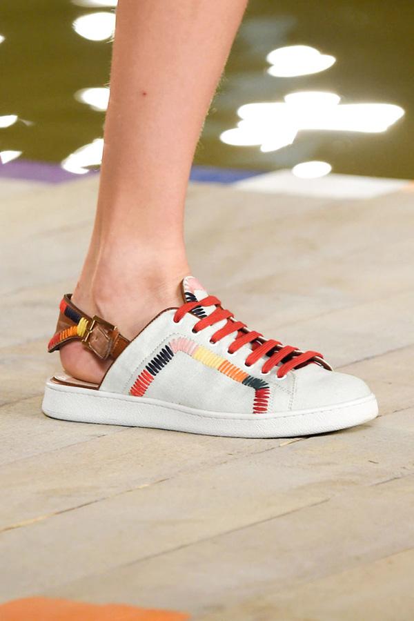 11 bằng chứng cho thấy giảy tăng chiều cao nữ sneaker vẫn đáng được sở hữu trong năm 201106