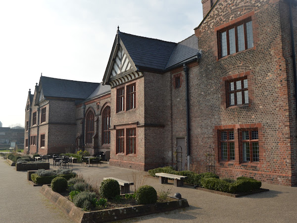 Days Out   Salford Museum and Ordsall Hall