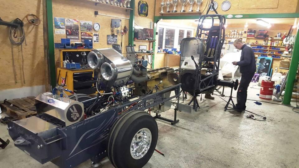 Super Stock Tractor Pulling Engines : Tractor pulling news pullingworld workshop