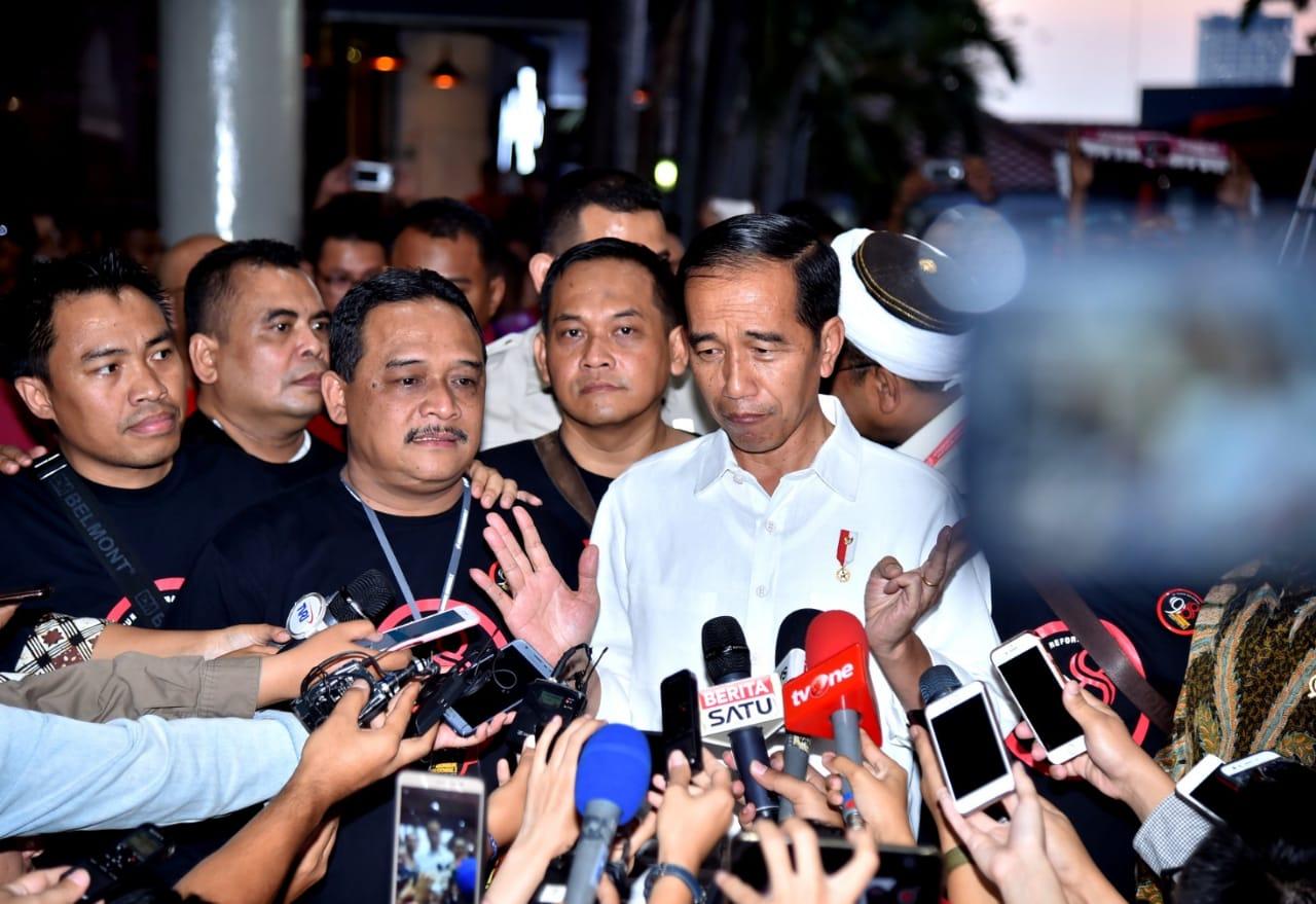 Presiden Jokowi Minta Didemo, Demo Apa?