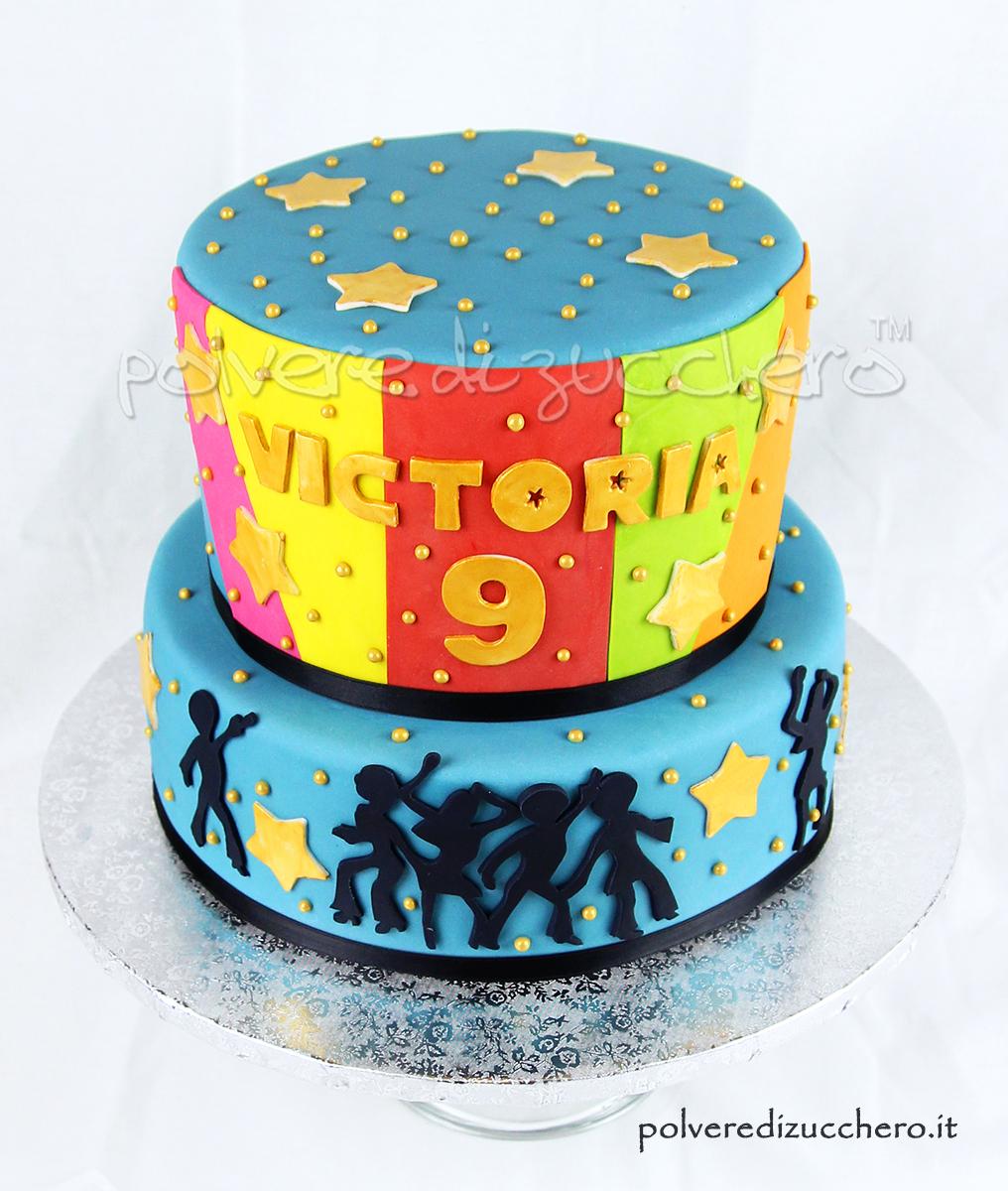 torta decorata disco music party festa compleanno bambina torta a due piani cake design polvere di zucchero