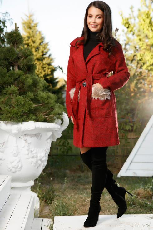 Palton ieftin de femei rosu de iarna cu pana la genunchi cu blanita