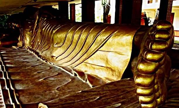 situs patung budha tidur unik