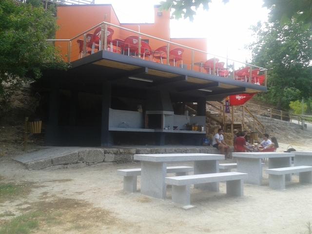 bar de Apoio á praia Fluvial