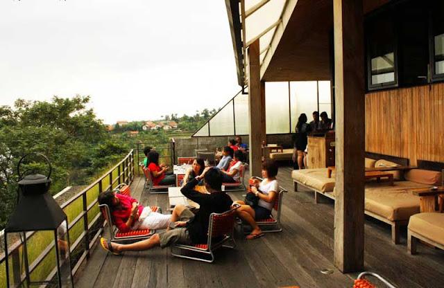Restoran Maja House Bandung